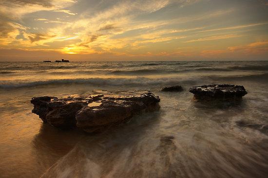 cerberus-sunset