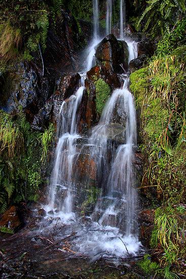 roadside-falls