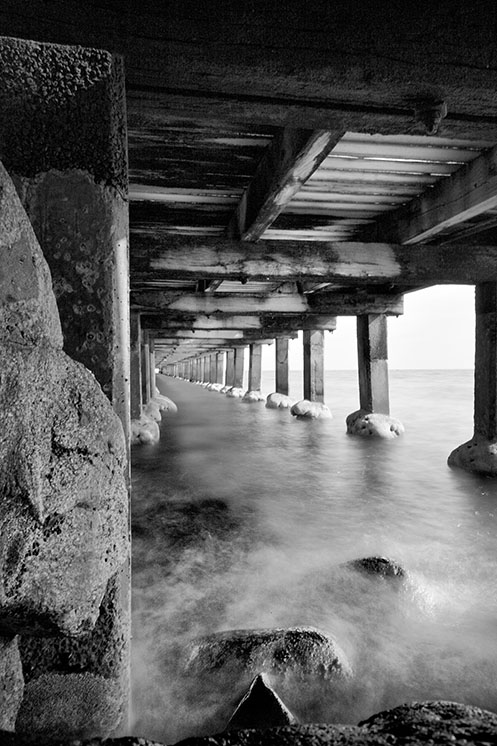 Troll - Under the Mordi - Mordialloc pier - Jim Worrall