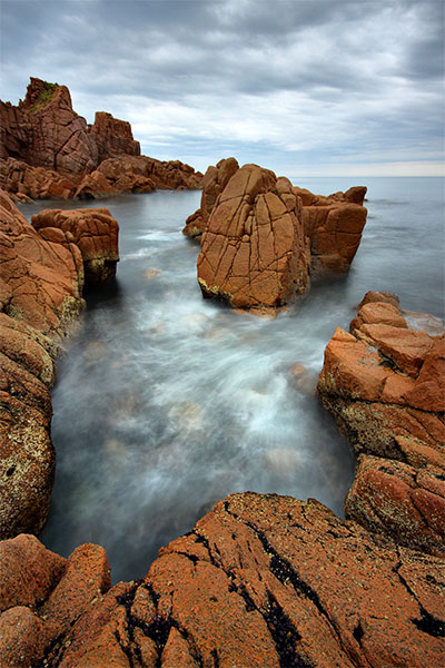 The Risky Swim - Jim Worrall - Pinnacles - Phillip Island