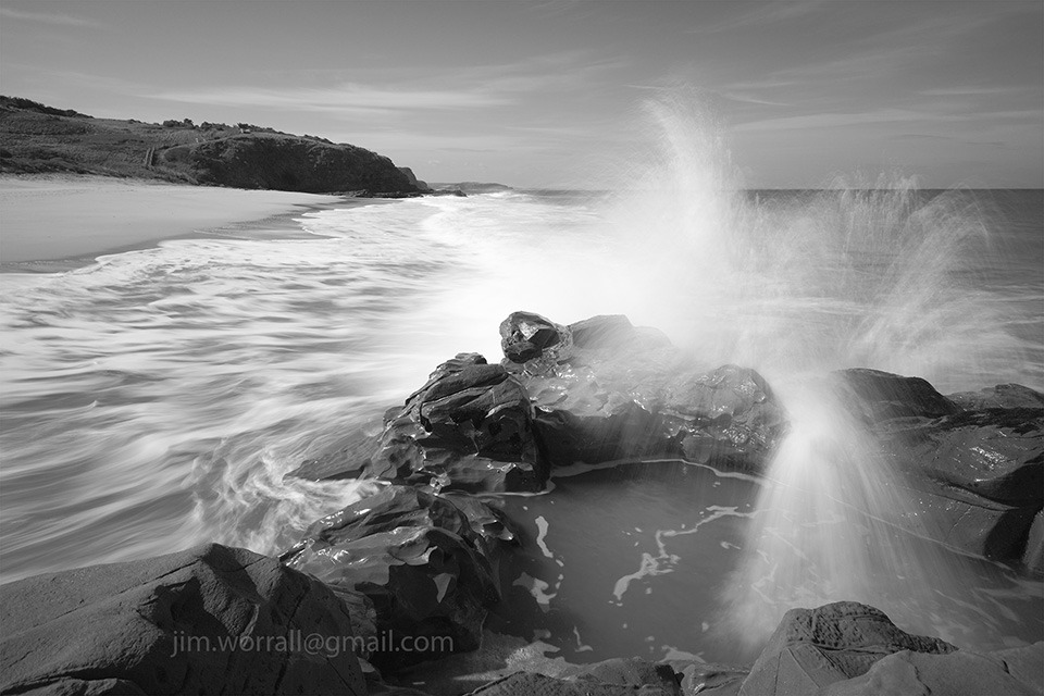 bore beach, san remo, jim worrall, seascape, black and white, bass coast, australia