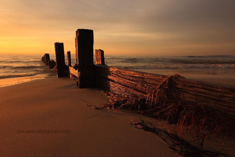 Balnarring Beach, Jim Worrall, groyne, sunrise, Western Port Bay, Mornington Peninsula