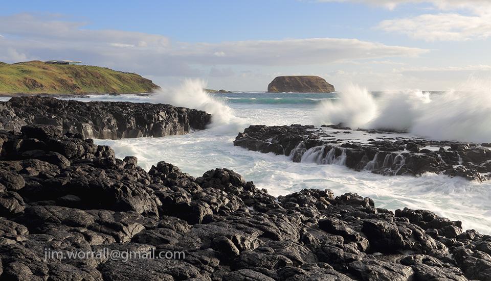 Jim Worrall, Cowrie Beach, Phillip Island, Bass Coast, seascape, waves crashing